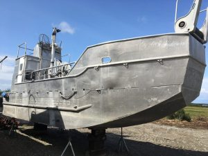 P2473M- 32' SHALLOW DRAFT AND FAST
